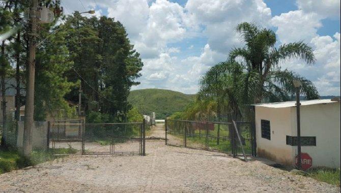 Foto - Terreno com Galpões 21.500 m² - Mumbaça - São Roque - SP - [2]