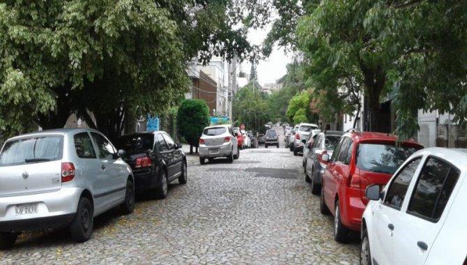 Foto - Casa Desocupada - Auxiliadora - Porto Alegre/RS - [17]