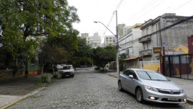 Foto - Casa Desocupada - Auxiliadora - Porto Alegre/RS - [2]