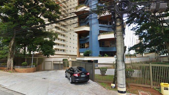 Foto - Parte Ideal sobre Domínio Útil de Apartamento 421 m² - Alphaville - Barueri - SP - [2]