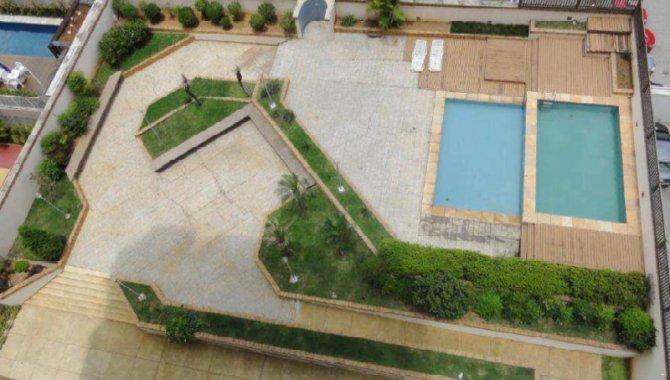 Foto - Parte Ideal sobre Domínio Útil de Apartamento 421 m² - Alphaville - Barueri - SP - [12]