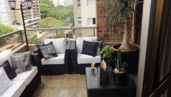 Foto - Parte Ideal sobre Domínio Útil de Apartamento 421 m² - Alphaville - Barueri - SP - [4]