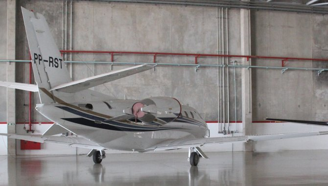 Foto - Aeronave Cessna Aircraft Citation XLS, 2005, Branca - [4]
