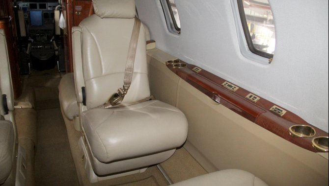 Foto - Aeronave Cessna Aircraft Citation XLS, 2005, Branca - [15]