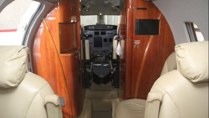 Foto - Aeronave Cessna Aircraft Citation XLS, 2005, Branca - [13]