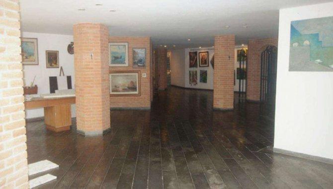 Foto - Casa 1.224 m² - Condomínio Jardim Iolanda - Oliveiras - Taboão da Serra - SP - [15]
