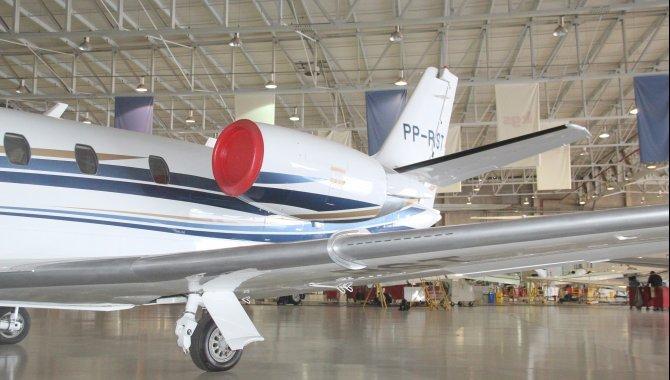 Foto - Aeronave Cessna Aircraft Citation XLS, 2005, Branca - [6]