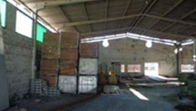 Foto - Galpão e Terreno 1.080 m² - Vila Nova - Joinville - SC - [3]