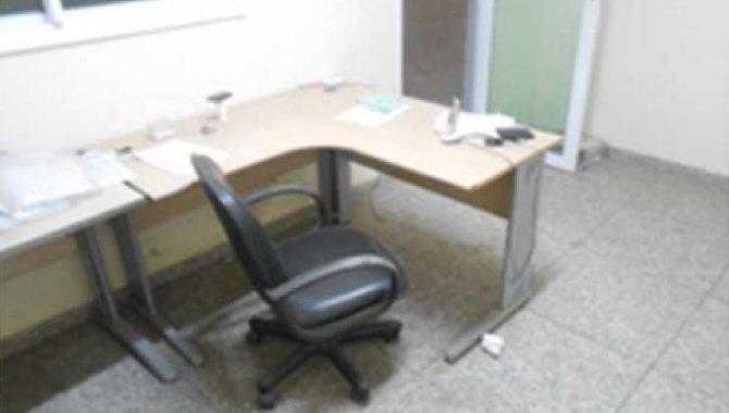 Foto - 02 Mesas de Escritório em L - [1]