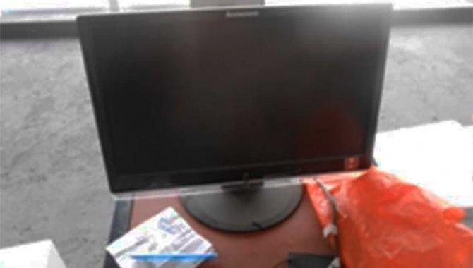 Foto - 01 Monitor de Computador Lenovo - [1]