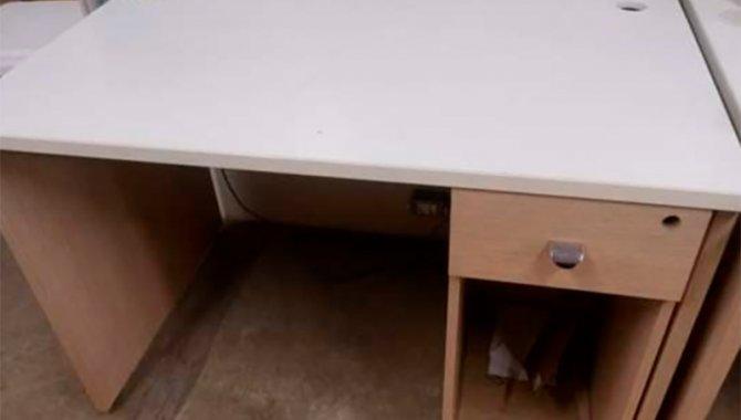 Foto - 10 Mesas de Escritório Retangular com 01 Gaveta e 01 Porta CPU - [1]