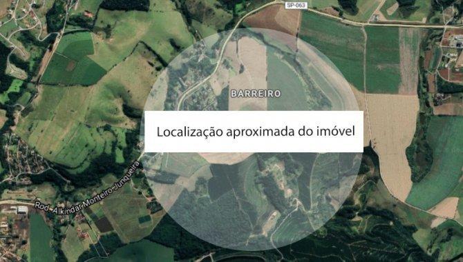 Foto - Terreno 3.033 m² - Barreiro - Bragança Paulista - SP - [1]