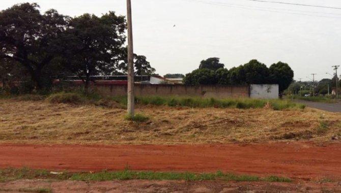 Foto - Parte Ideal sobre Terreno 450 m² - Jardim Santa Marta - Araraquara - SP - [1]
