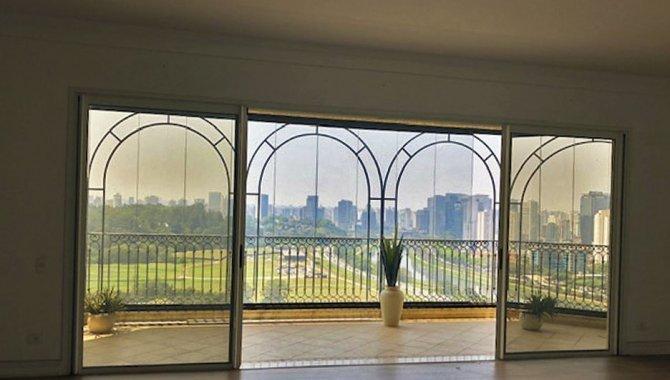 Foto - Apartamento 347 m² (05 Vagas) - Jardim Fonte do Morumbi - São Paulo - SP - [12]