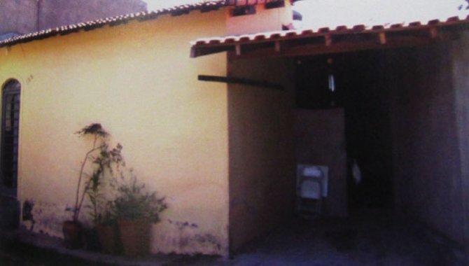 Foto - Casa e Terreno 1.592 m² - Ville Chamonix - Itatiba - SP - [2]