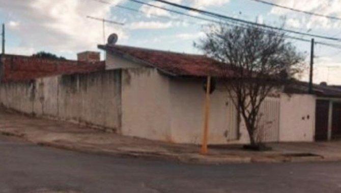 Foto - Casa 93 m² - Conj. Hab. Pres. Eurico Gaspar - Bauru - SP - [2]