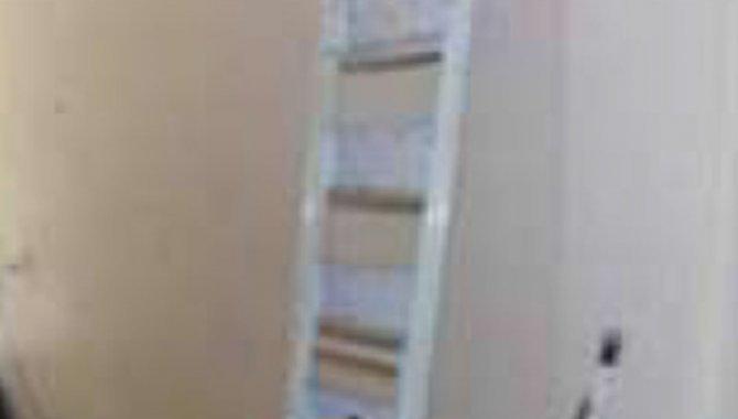 Foto - 01 Escada de Ferro com Seis degraus - [1]