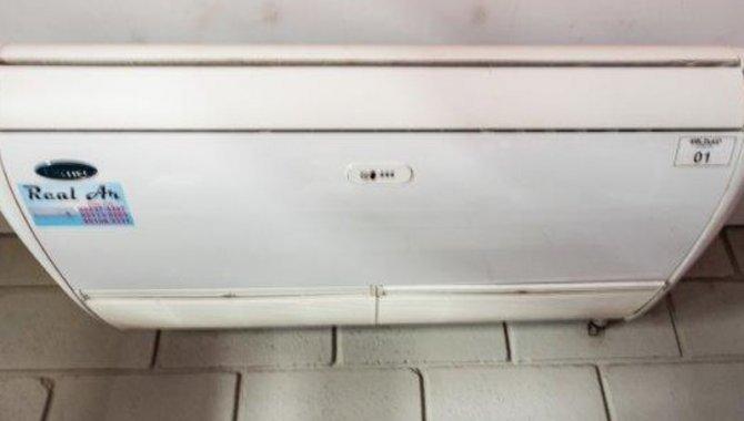 Foto - 01 Aparelho de Ar Condicionado com 02 Evaporadoras Carrier - [1]