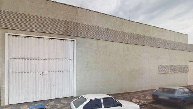Foto - Direitos sobre Imóvel Industrial 1.025 m² - Vila Nova - Porto Ferreira - SP - [1]