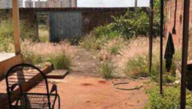 Foto - Direitos sobre Casa e Terreno 420 m² - Parque Amazônia - Goiânia - GO - [4]