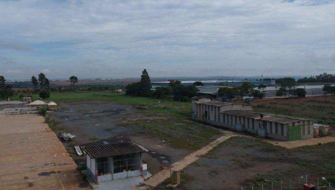 Foto - Imóvel Industrial 111.802 m² - DAIA - Anápolis - GO - [2]