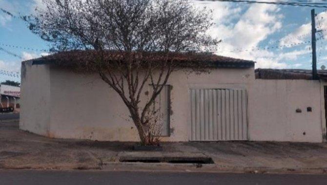 Foto - Casa 93 m² - Conjunto Hab. Presidente Eurico Gaspar Dutra - Bauru - SP - [1]