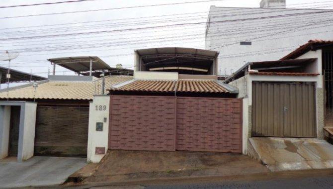 Foto - Casa e Terreno 180 m² - Novo Horizonte - Formiga - MG - [1]