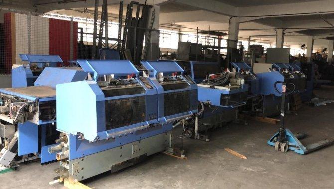 Foto - 01 Máquina automática para grampeação e corte trilateral de revistas e livros - [13]