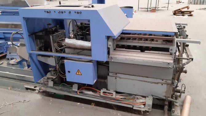 Foto - 01 Máquina automática para grampeação e corte trilateral de revistas e livros - [6]