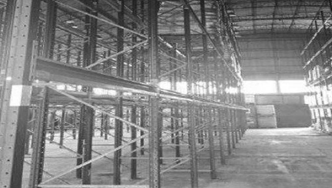 Foto - Estante Porta Pallets com 52 Prateleiras e 14 Colunas, 2008 (Lote 14) - [1]