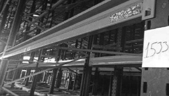 Foto - Estante Porta Pallets com 52 Prateleiras e 14 Colunas, 2008 (Lote 15) - [5]