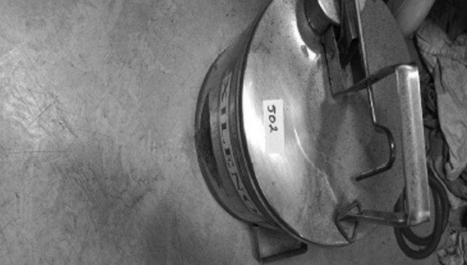 Foto - Galão em Aço Inox, 2004 (Lote 154) - [1]
