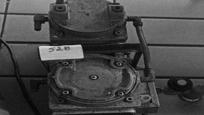 Foto - Bomba de Vácuo Gast/ Mod. DAA-V175-B, 2002 - [1]