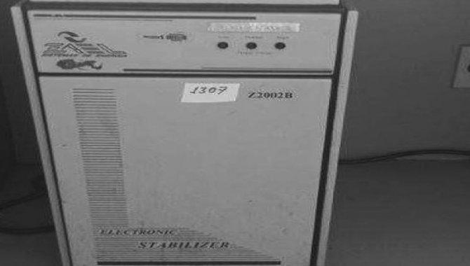 Foto - Estabilizador de Tensão Zael/ Mod. Z2002B, 2005 - [1]