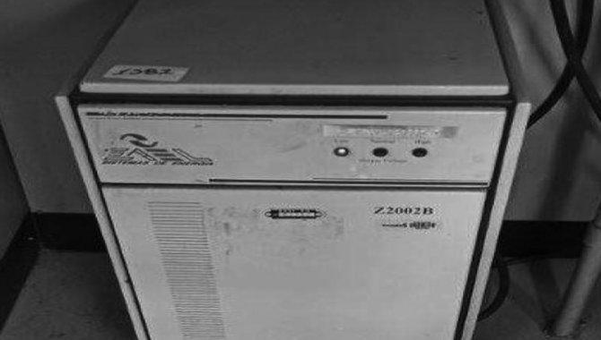 Foto - Estabilizador de Tensão Zael/ Mod. Z2002B, 2005 (Lote 231) - [1]