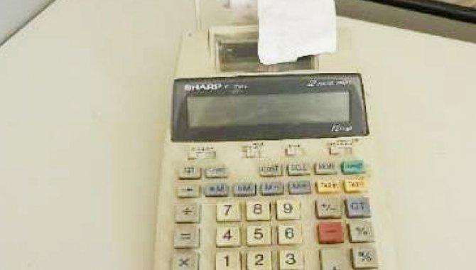 Foto - 01 Calculadora de Mesa com Fita Sharp/ Mod: EL-1750V - [1]