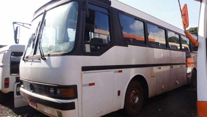 Foto - Ônibus MB-O 317 R/ Marcopolo Viaggio, Branco, 1991 (Lote 13) - [1]