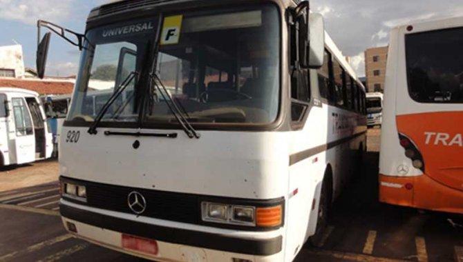 Foto - Ônibus MB-O 317 R/ Marcopolo Viaggio, Branco, 1991 (Lote 14) - [1]