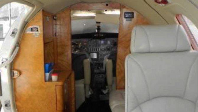 Foto - Aeronave Cessna/ 500, Branca, 1977 - [11]