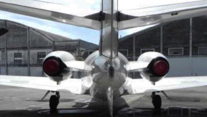 Foto - Aeronave Cessna/ 500, Branca, 1977 - [5]