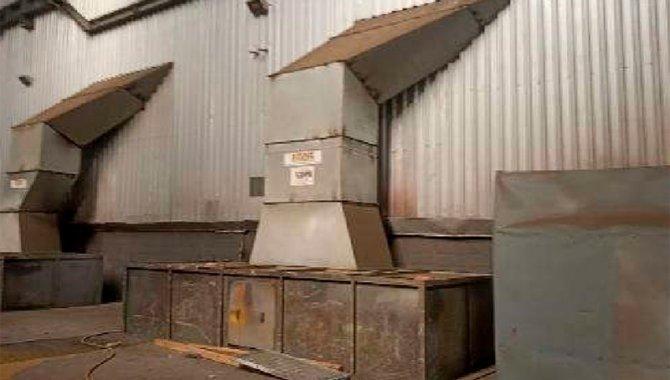 Foto - 01 Exaustor Cap. 3000kg/M2 Real (Lote 45) - [1]