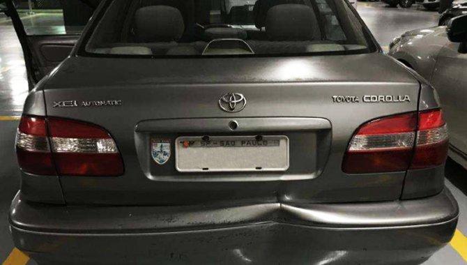 Foto - Carro Toyota Corolla, Cinza, 2002 - [3]