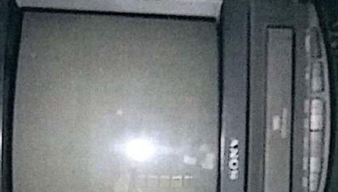 Foto - 01 Televisor Sony Triniton com Videocassete Acoplado - [1]