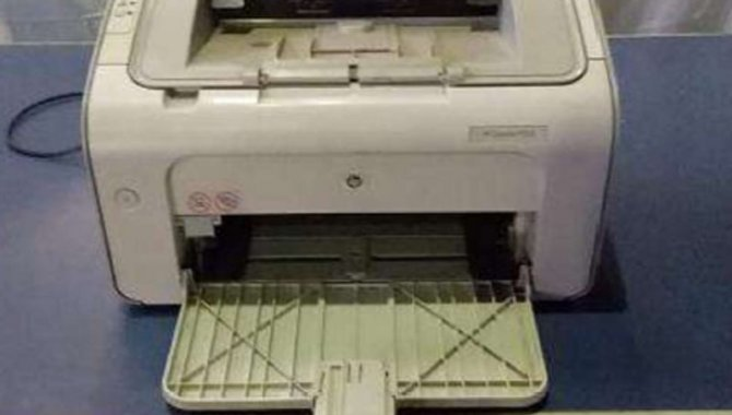 Foto - 01 Impressora Jato de Tinta HP Laserjet P1005 - [1]