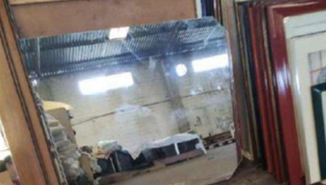 Foto - 26 Espelhos dos Lavatórios - [1]