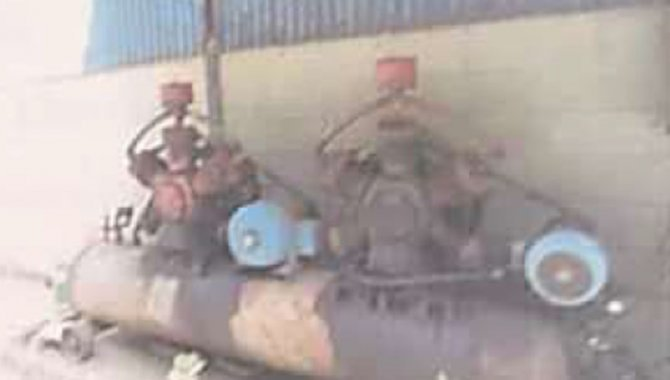 Foto - 02 Compressores de AR - [1]