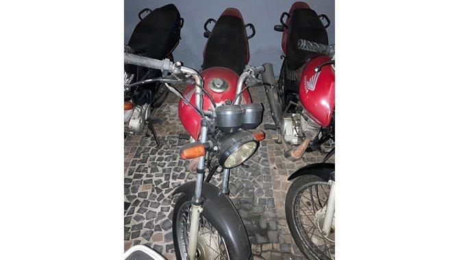 Foto - Moto Honda/ CG 125 Fan KS, Vermelha, 2009 - [1]