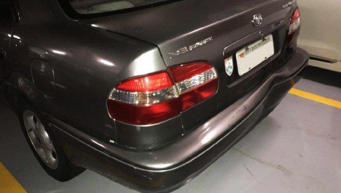 Foto - Carro Toyota Corolla - 2002 - [2]