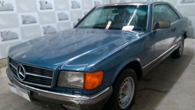 Foto - Carro Mercedes Benz - 1983 - [2]