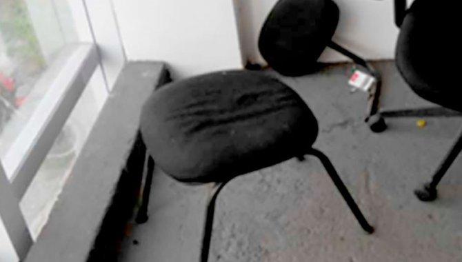 Foto - 01 Cadeira Fixa - [1]
